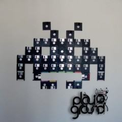 Aliens de Space Invaders feitos com disquetes!