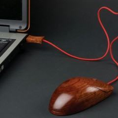 Lindo Mouse USB de madeira