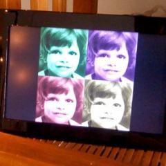 Porta Retratos Digital LG F7000N com Tela LCD de 7″