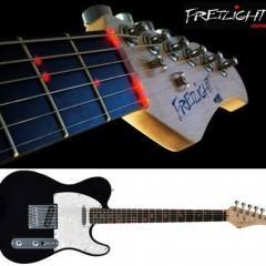 Guitarra Hi-Tech Fretlight Ensina a Tocar com LEDs