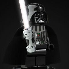 Abajur LEGO Star Wars Darth Vader com Sabre de Luz Iluminado