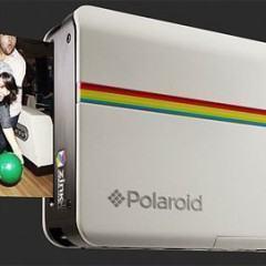 Polaroid Z2300, Uma Câmera Retrô Que Imprime Suas Fotos!