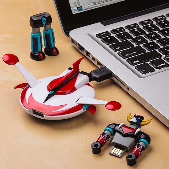 UFO-Robot-Grendizer-Flash-Drive-02