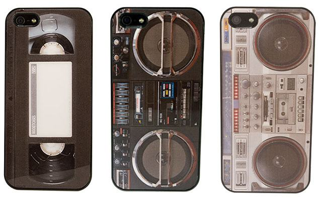 cases_iphone5s_boombox_vhs