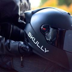 Skully P1, um capacete com tela no visor para pilotos intrépidos
