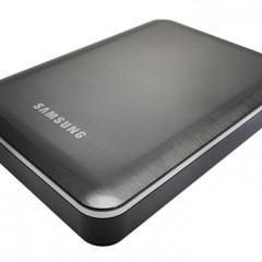 Samsung e Seagate apresentam HD externo com bateria para recarregar seus gadgets