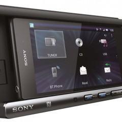 Sony XSP-N1BT, um sistema de som para carros com dock para Smartphone