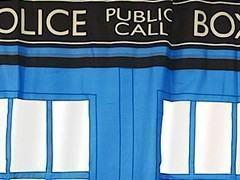 Transforme o Box do Chuveiro na TARDIS! Cortina de Banho Doctor Who!