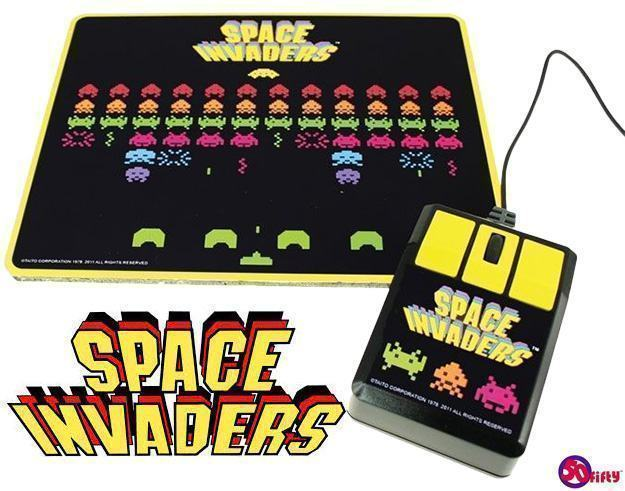 Space-Invaders-USB-Optical-Mouse-and-Mouse-Pad-01