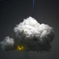Raios e trovões: The Cloud, uma luminária em forma de nuvem