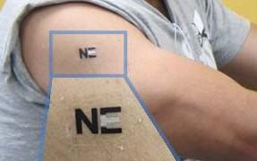 Biossensor em tatuagem temporária vai recarregar dispositivos wearable no futuro