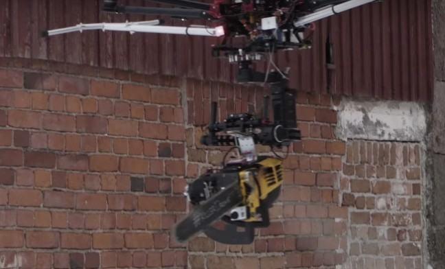 drone_motosserra_2
