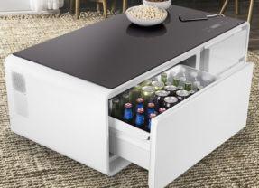 Sobro, uma mesinha com geladeira, tomadas e portas USB para recarregar seus gadgets!