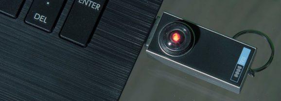 Uma réplica USB do HAL de 2001, Uma Odisséia no Espaço