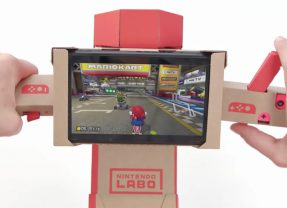 Use o guidão de moto do Labo para jogar Mario Kart 8 no Switch!