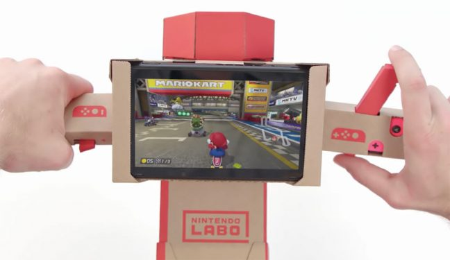 Usando o guidão do Nintendo Labo no Mario Kart 8 Deluxe do Switch