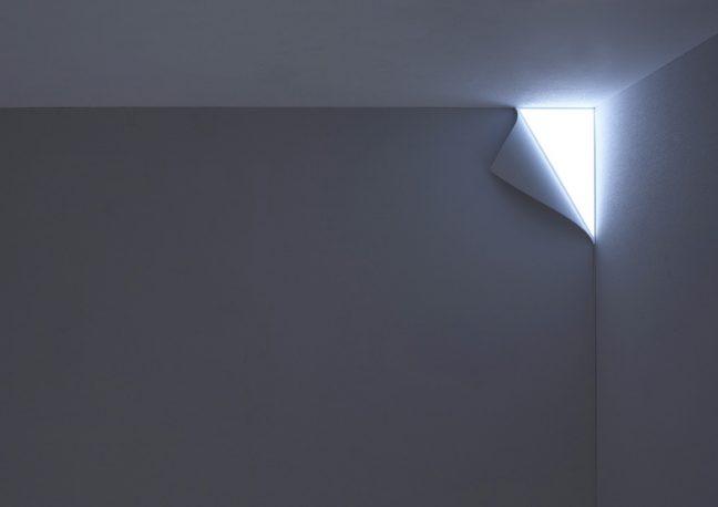 Luminária de canto Peel
