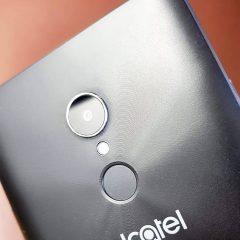 Alcatel 3C tem tela de bom tamanho é custa barato, mas hardware poderia ser melhor