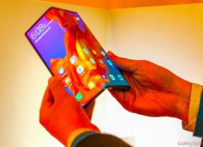 Mate X: smartphone dobrável da Huawei é mais fino que o Fold, com tela maior e conectividade 5G