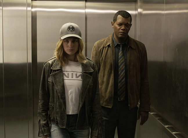 Brie Larson e Samuel Jackson estão muito bem em Capitã Marvel