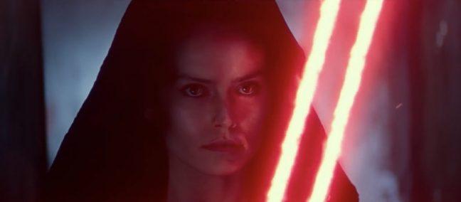 Dark Rey e seu sabre de luz vermelho