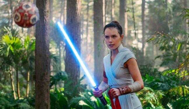 Rey em cena de A Ascensão Skywalker