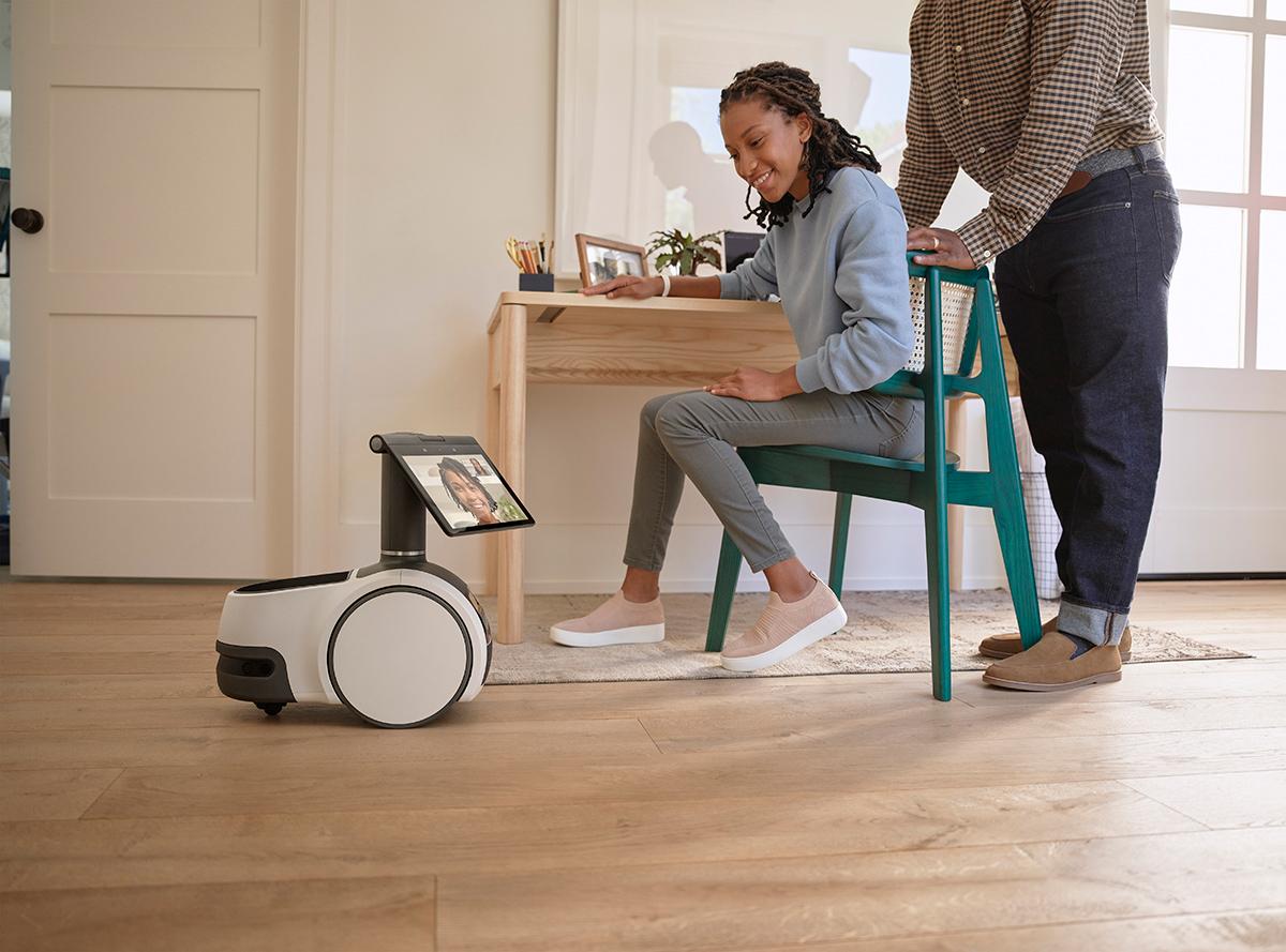 Robo Domestico Amazon Astro Household Robot