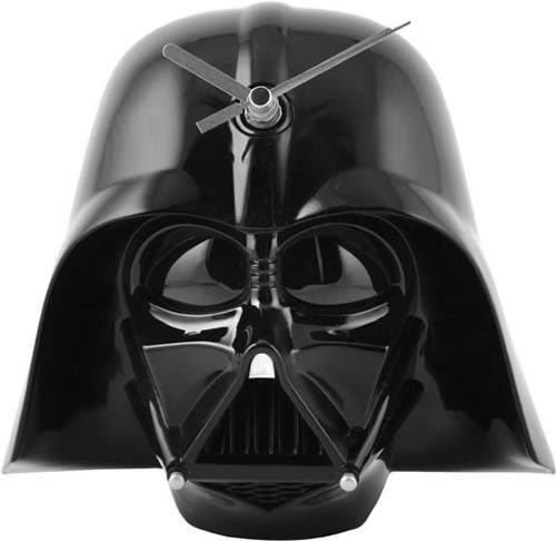 Relógio de Parede com Efeitos Sonoros do Darth Vader