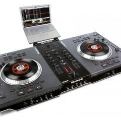 Controlador para DJs Numark NS7