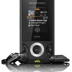 Sony Ericsson W205 tem Rádio FM com RDS e TrackID