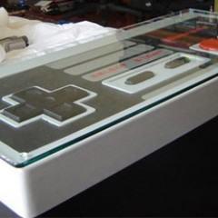 Controle de NES Gigante Disfarçado de Mesa!