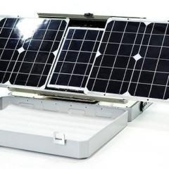 Um gerador solar que fica dentro de uma mala