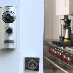 Doorbot: Campainha com Wi-Fi leva o olho mágico para o seu smartphone!