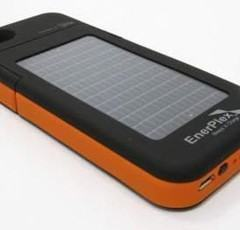 Um case que recarrega a bateria do iPhone 5s com energia solar