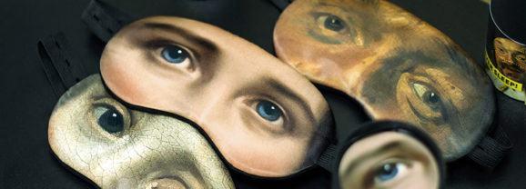 Máscaras para dormir com estampas de olhos retirados de obras de arte clássicas