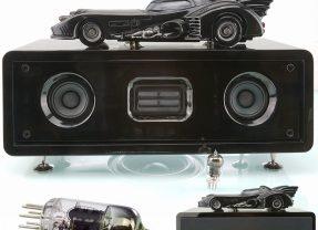 """Batmóvel 1989 """"Vacuum Tube Sound System"""" – Sistema de Som Hi-Fi com Válvulas Retro"""