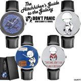 Relógios do Guia do Mochileiro das Galáxias em Homenagem a Douglas Adams no Dia da Toalha